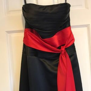 Dresses & Skirts - Formal dress | Black and red